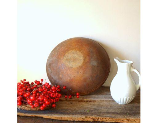 Antique_dough_bowl_1