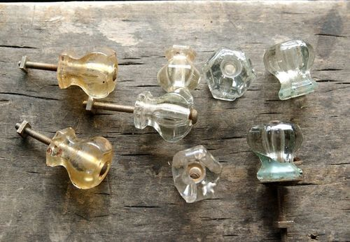 Glass_knobs