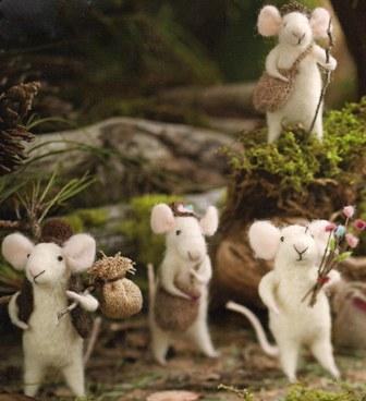 RH Felt Mice